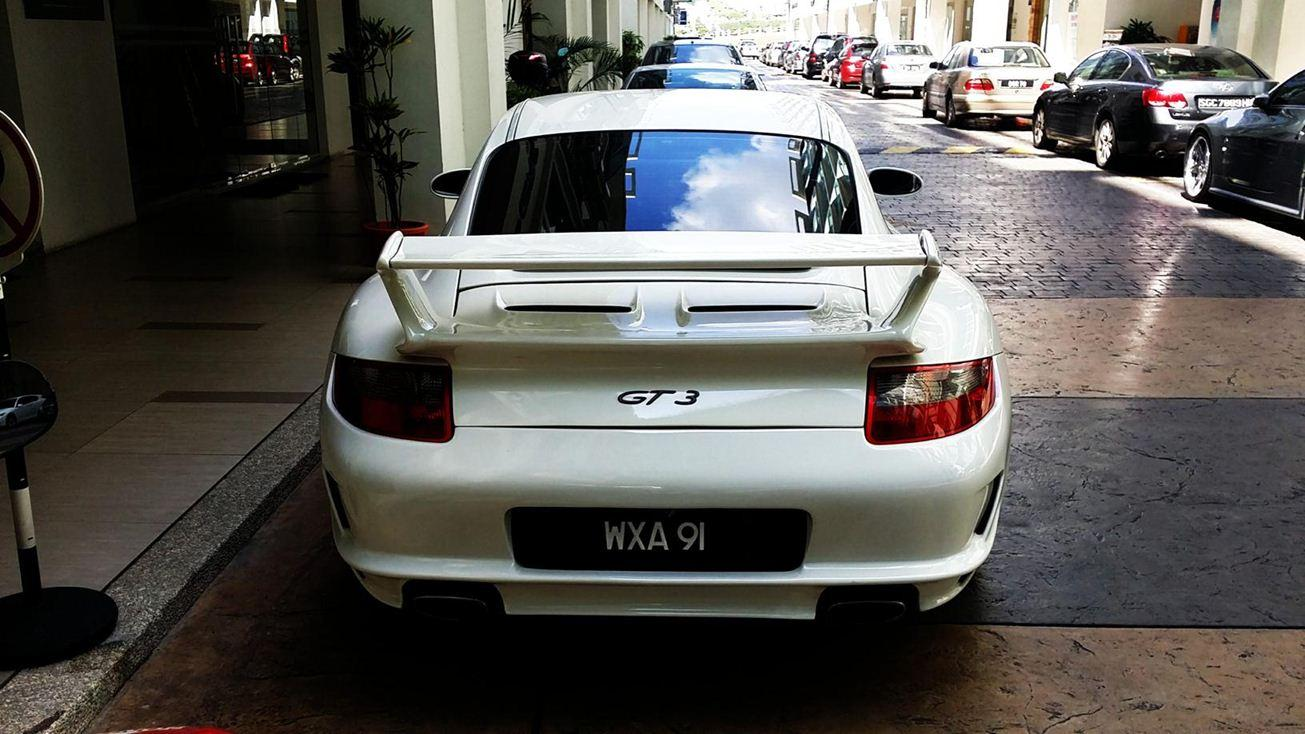 luxury car market in singapore It's already home to some of the world's most expensive properties and  the world's most expensive car market  at a luxury car retailer in singapore, .