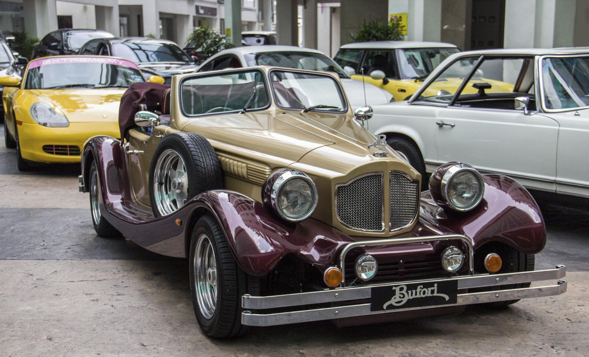 Vintage Wedding Car Rental Malaysia | HyperLuxuryCar