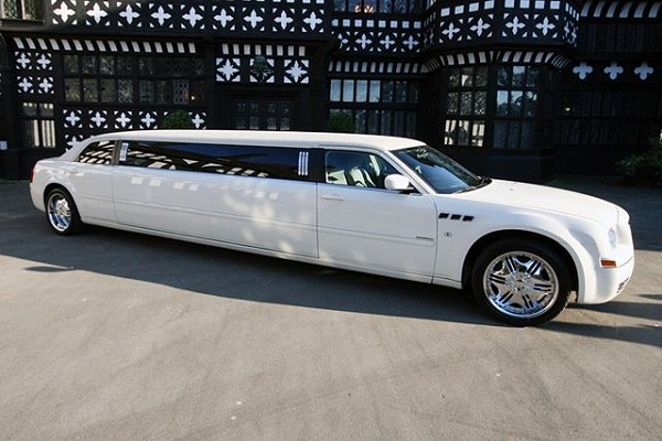 chrysler_limo