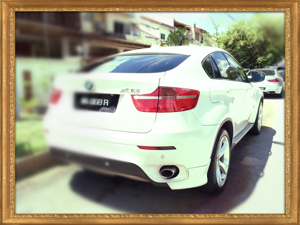 BMW X6 rear_ADMIN_Mar-19-195518-2015_Conflict_Fotor
